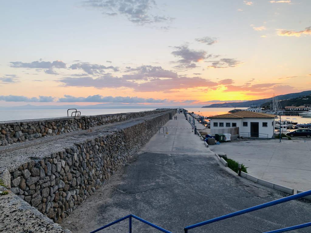 Hafen Tropea