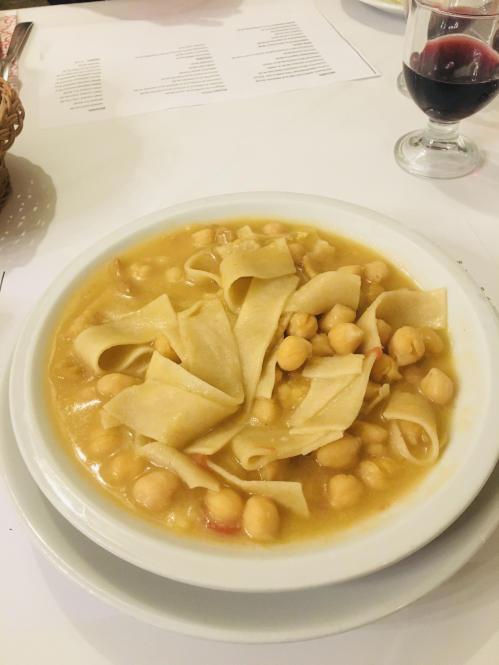 Lokales Gericht in Apulien