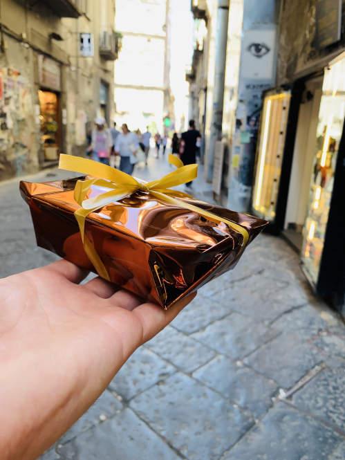 Typische Süßigkeit in Neapel - Babá