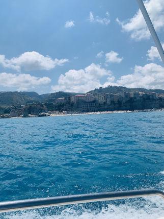 Tropea vom Boot aus gesehen